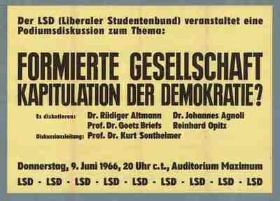 Formierte Gesellschaft Kapitulation der Demokratie?