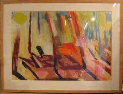 Abstracte schildering in de kleuren oranje, bruin, geel, l. blauw. In de l. bovenhoek is de vorm van een zon zichtbaar.