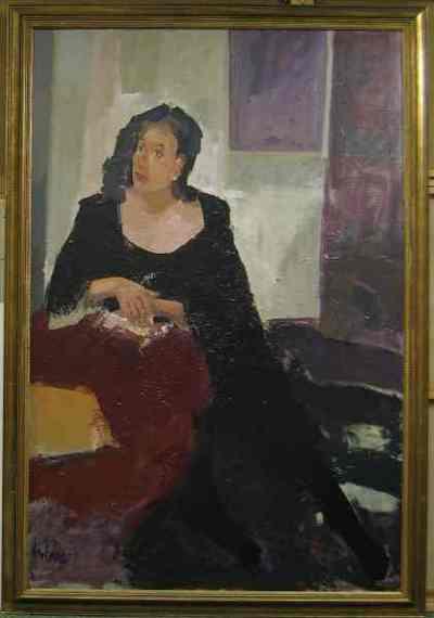 Een geschilderd portret van een vrouw, 1995. In goudkleurig houten lijst.