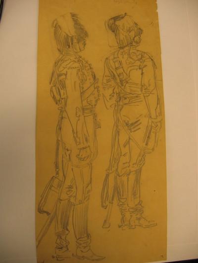 twee naar rechts gewende hele figuren op de rug gezien in grote tenue KRA.