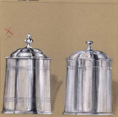 Ontwerptekening van 2, taps toelopende, tabakspotten met bolle deksels met een knop. Het linker exemplaar heeft langs boven- en onderrand 5 horizontale, gegraveerde lijnen. De deksel sluit over de pot heen en heeft een hoge knop. Het andere exemplaar heeft bovenaan een gegraveerde horizontale rand en daarboven een rand in reliëf; de deksel valt binnen de rand van de pot.
