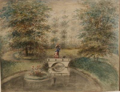 Bruggetje in de Plantage. Op de brug een vrouw met parasol en hondje.