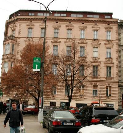 Brno, okres Brno-město, činžovní dům č.p. 1920, třída Kapitána Jaroše č.o. 1, Milady Horákové č.o. 1a, pohled na uliční průčelí ...