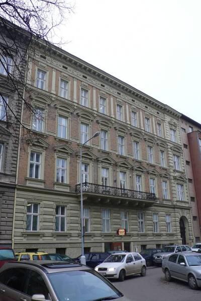 Brno, okres Brno-město, činžovní dům č.p. 1924, třída Kapitána Jaroše č.o. 5, pohled na uliční průčelí