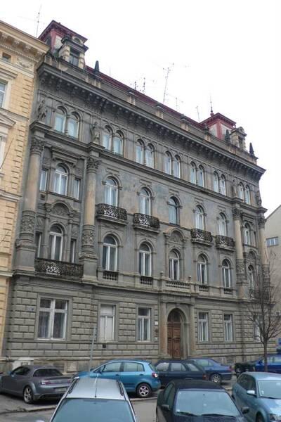 Brno, okres Brno-město, činžovní dům Karla Friema č.p. 1933, třída Kapitána Jaroše č.o. 15, pohled na uliční průčelí