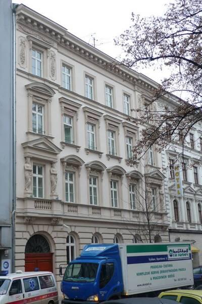 Brno, okres Brno-město, činžovní dům č.p. 1941, třída Kapitána Jaroše č.o. 27, pohled na uliční průčelí