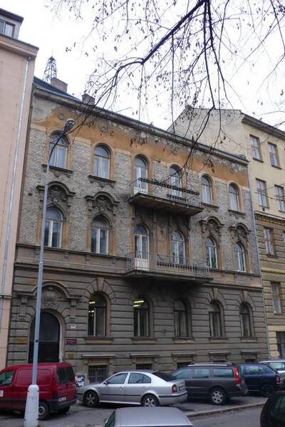 Brno, okres Brno-město, činžovní dům č.p. 1946, třída Kapitána Jaroše č.o. 35, pohled na uliční průčelí