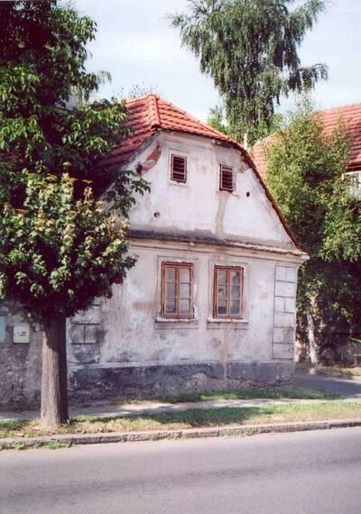 Lázně Toušeň, areál usedlosti čp. 16, dům čp. 16, pohled ze severovýchodní strany