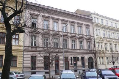Brno, okres Brno-město, činžovní dům č.p. 1929, třída Kapitána Jaroše č.o. 10, pohled na uliční průčelí