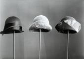 Tre cappellini anni '30
