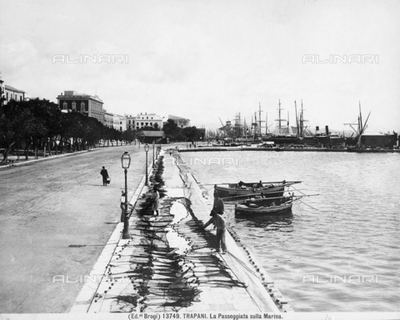 View of the sea promenade of Trapani. In the background, the harbour.
