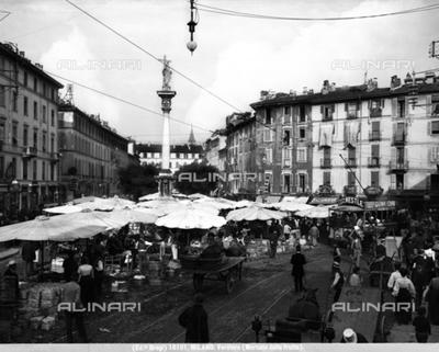Fruit Market in Milan, Verziere