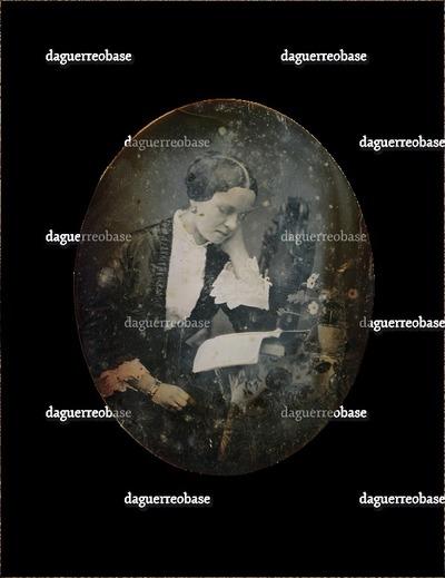 [Porträt einer lesenden Frau]