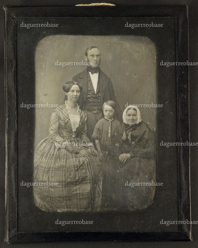 Portrait of an unknown family