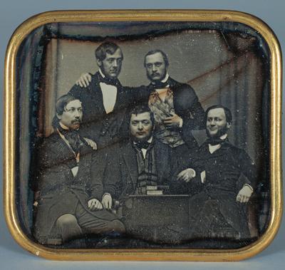 [Gruppenbild mit fünf Herren]