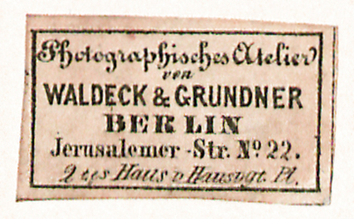 Etikett von Waldeck & Grundner