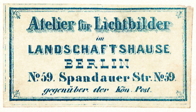 Etikett von Atelier für Lichtbilder