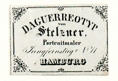 C. F. Stelzner hatte sein Atelier am Jungferstieg No. 11 ab November 1844. Bis Mai 1842 war Stelzner am Jungferstieg No. 15 ansässig. Das Haus brannte im Mai 1842 beim großen Brand in Hamburg aus.