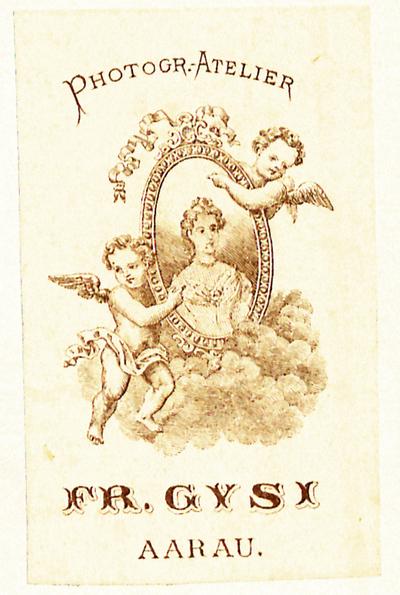 Ab 1863 übernahmen die Söhne Otto und Arnold das Fotogeschäft. Evtl. stammt das Etikett aus dieser Zeit.