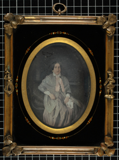 Portrait of a woman sitting