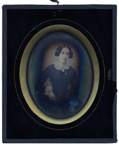 Portrait of woman with cameo