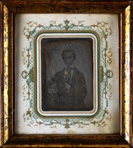 Portræt af Johan William Gundersen f. 15.1.1828, urmager og optiker i Horsens