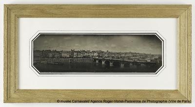 Panorama. Le Pont-Neuf, le Louvre et le quai de la Mégisserie, 1er arrondissement, Paris.