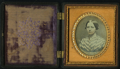 Union case catalogued in the publication by Paul K.Berg Nineteenth Century Photographic Case and Wall Frames, 2003, p. 237 n. 3-176  'Geometric'