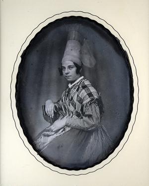 Crédits photographiques: Jean-Paul Matifat / Bibliographie: Entre-vues, collection du musée Gatien Bonnet, Lagny-sur Marne, catalogue de l'exposition, 2013