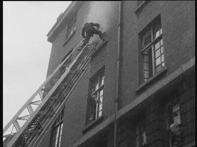 Woman Rescued from O'Connell Street Fire