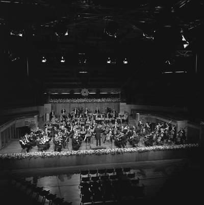 RADIO FILHARMONISCH ORKEST - aflevering: Kenneth Montgommery ; Vredenburg ; Zweden, Jaap van