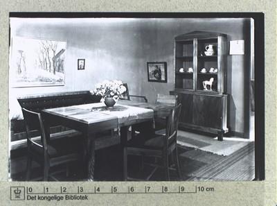 Nikolaj Plads, møblement