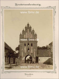 Neubrandenburg, Neues Tor (Innenseite)