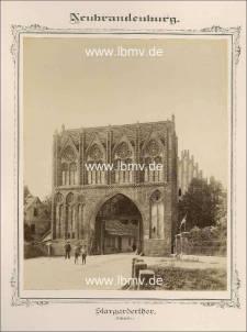 Neubrandenburg, Stargarder Tor (Außenseite)