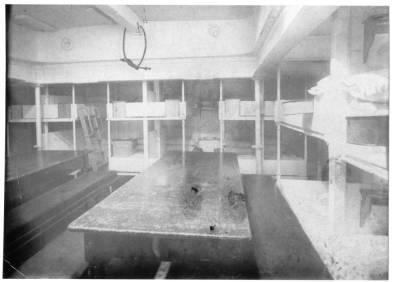 Vapor SAN IGNACIO , de la Cia Trasatlantica , habilitat com a vaixell - hospital