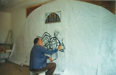 Pere Cánovas treballant en un esbós de vitrall