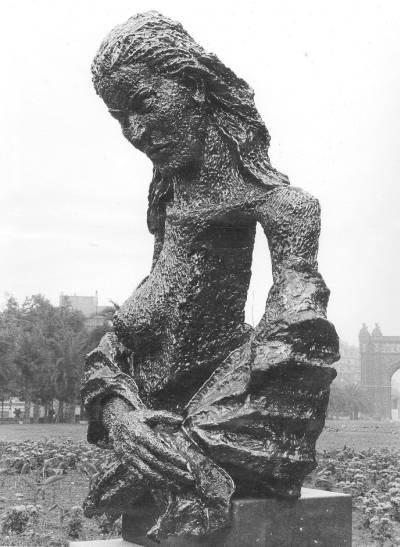 Dona amb xal