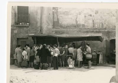 Parada de peix al mercat de Banyoles
