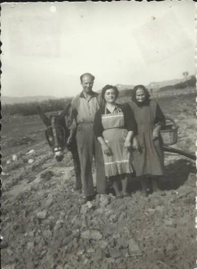 Martí Banús, Gertrudis Altayó i Teresa Llonch