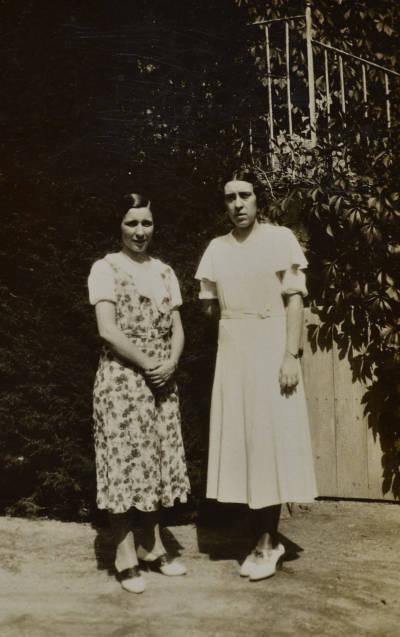 Retrat de dues noies no identificades