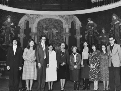 Grup d'alumnes i mestres d'Ars Nova després de la interpretació de l'Àlbum per a la joventut de Schumann, al Palau de la Música Catalana