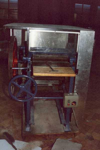 bookbinding machine