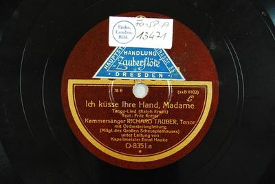 Ich küsse Ihre Hand, Madame : Tango-Lied / (Ralph Erwin). Text: Fritz Rotter