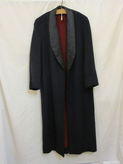 Man's coat, navy wool with satin lapels, British, 1930-1939. Man's coat, navy wool with satin lapels. Wool and satin.