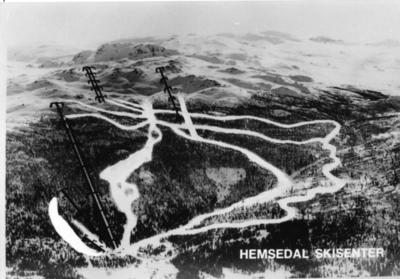 Flyfoto av Hemsedal skisenter i 1981.