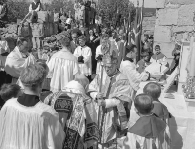 HAMAR BYJUBILEUM 1949, KATOLSK JUBILEUMSMESSE I DOMKIRKERUINEN