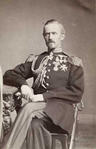 portrett, mann, statsminister, uniform, sittende knefigur, ordener