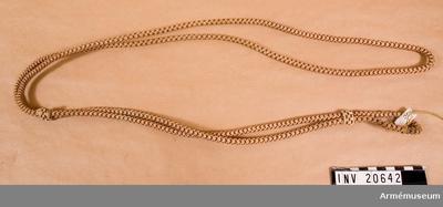 Ägiljett, Ägiljett för officer, Ryssland : Buren av löjtnant W. Rehbinder. Ägiljett för revolver av svart-orange-vitt silke, (ryska kejserliga Romanovska färger).