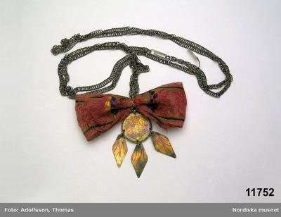 Smycken : Hängkedjor Smycken : Hängsmycken