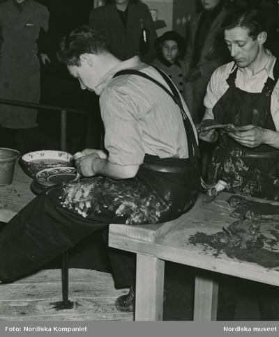 Arbete Hantverk Kläder : Arbetskläder Man Redskap / Verktyg Utställning